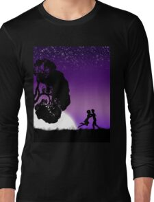 Romantic couple at sunset 2 Long Sleeve T-Shirt