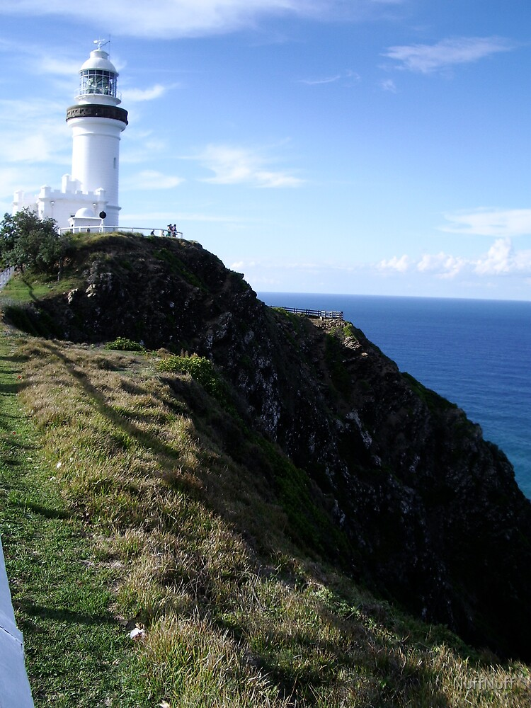 Cape Byron Lighthouse by NuffNuff