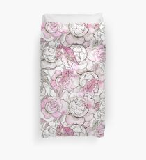 Silver peony dreams Duvet Cover