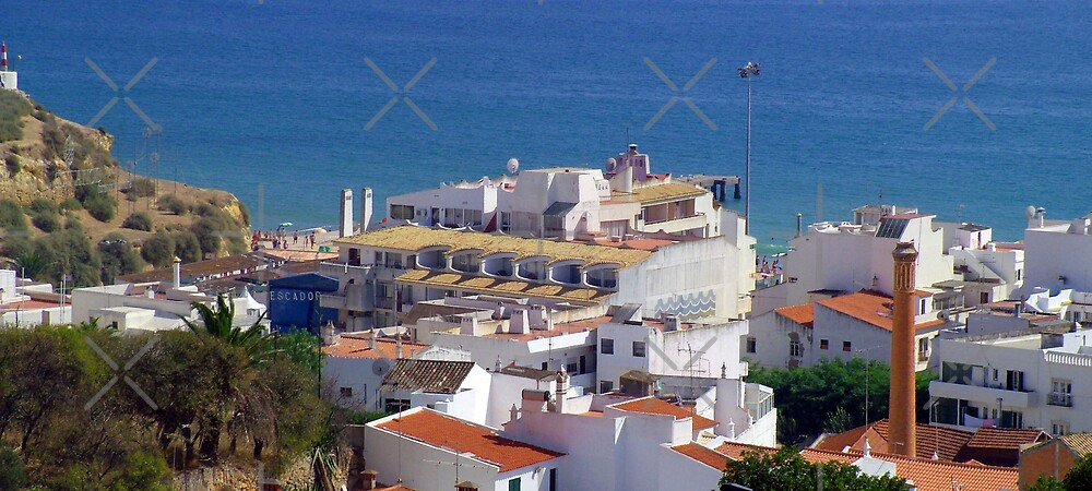 Albufeira  by Tom Gomez