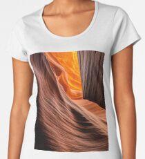 """""""Hazdistazí"""" ∞ Navajo Nation - U.S.A Women's Premium T-Shirt"""