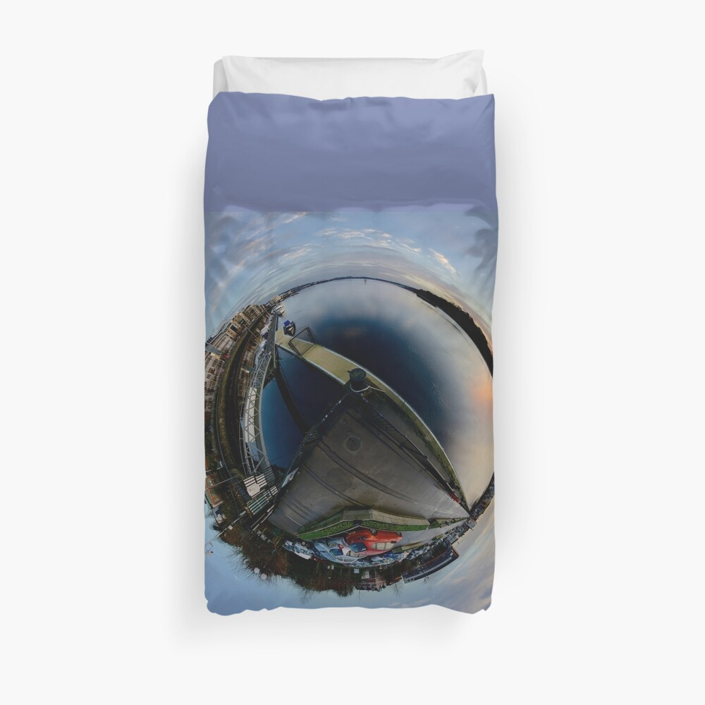 Foyle Marina at Dawn, Stereographic Duvet Cover