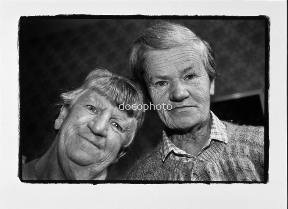 Veronica and Ida by docophoto