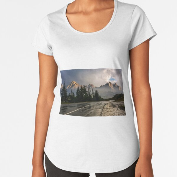 road to High Tatra Mountain Ridge in stormy weather Premium Scoop T-Shirt