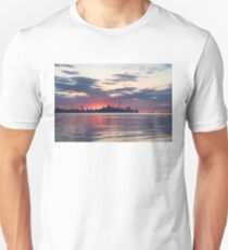 Just Before - the Sun is About to Rise Over Toronto Skyline Unisex T-Shirt