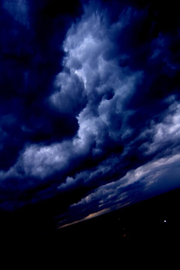 storms ahead. by madmikef