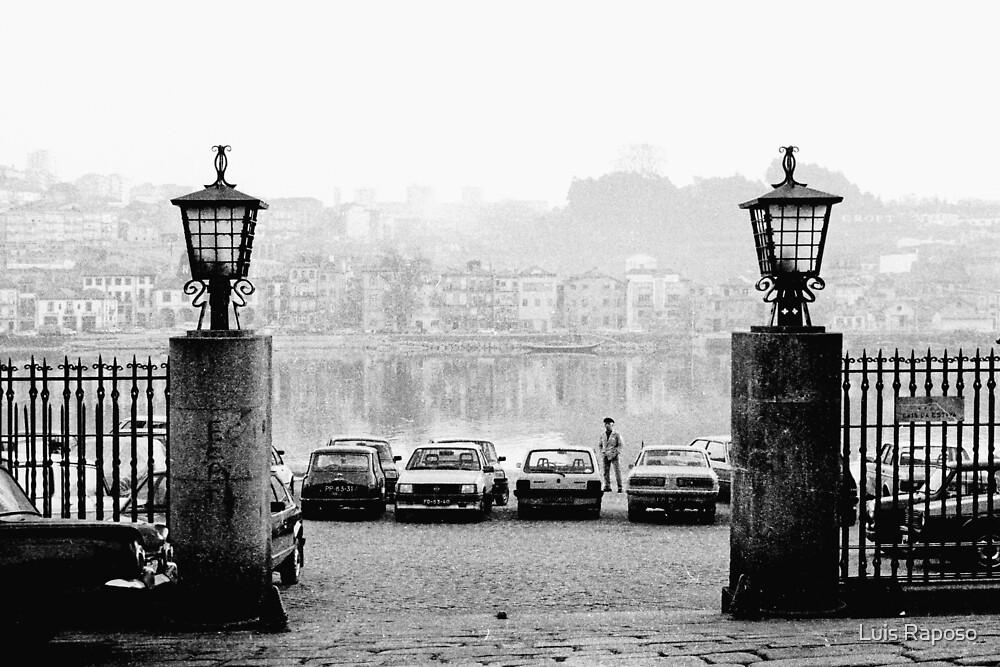 Parque de estacionamento by Luis Raposo