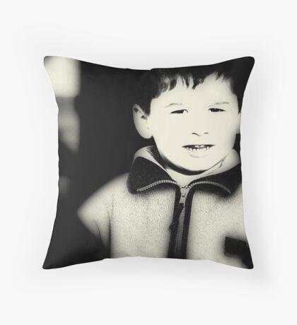 I M HAPPY NOW :) Throw Pillow