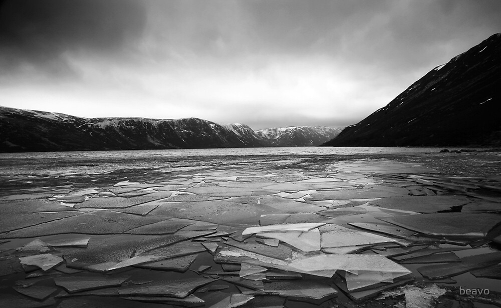 Icy Loch Muick, Aberdeenshire by beavo