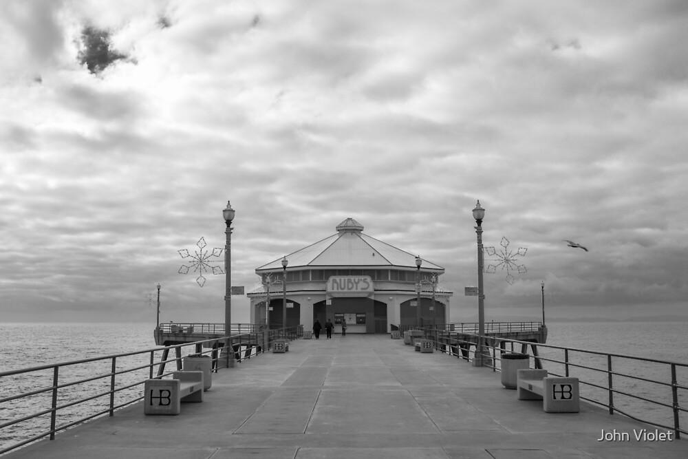 Huntington Pier by John Violet