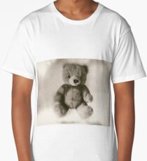 Teddy bear on a white background, faded photo effect. Long T-Shirt