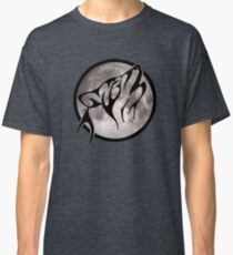 Tribal Wolf in Front of Moon Classic T-Shirt