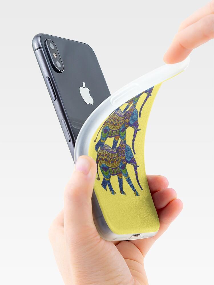 Alternative Ansicht von Drei bunte Mosaik-Elefanten iPhone-Hülle & Cover
