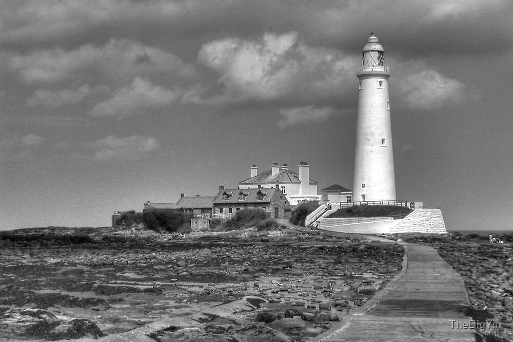 St. Mary's Lighthouse by TheBigYin