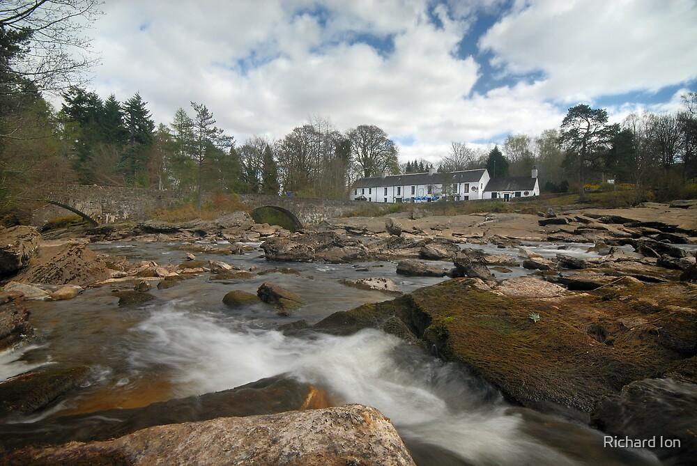 Falls of Dochart, Killin by Richard Ion