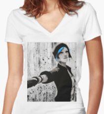 Chloe Price - Life is Strange Women's Fitted V-Neck T-Shirt