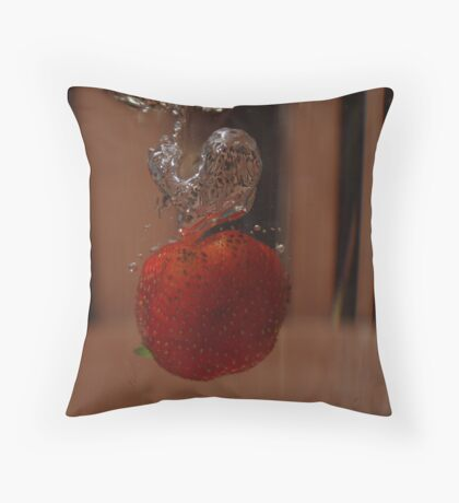 Berry takes a Dive #3 (final!) Throw Pillow