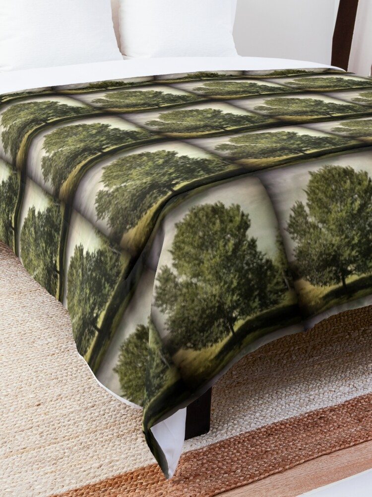 Alternate view of Nature Lovers Gift - Perfect Tree  Comforter