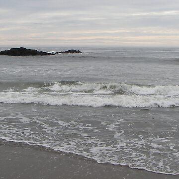 White Seascape by ktbezzi