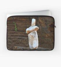 0366 Rock sculpture Laptop Sleeve
