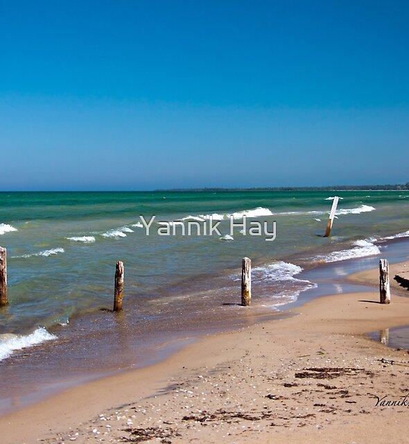 Sauble beach - Lake Huron by Yannik Hay