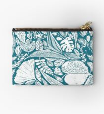 Magical nature findings Studio Pouch