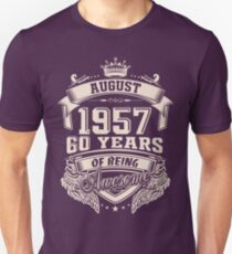 Born In August 1957 60 Years Of Being Awesome T-Shirt