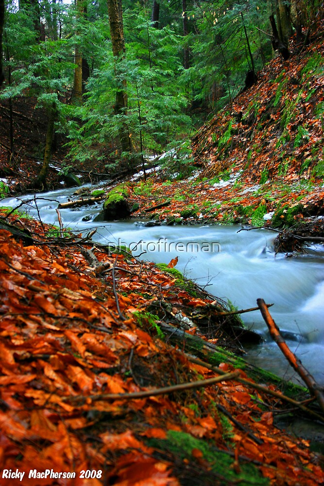 Blurred Water by photofireman