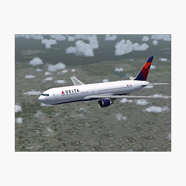 Delta Air Lines Boeing 767-300 Photographic Print