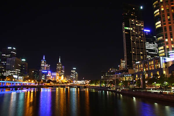 City Lights by tahlea