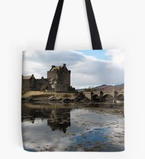 Eilean Donan Castle, film star of Scotland Tote Bag