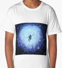 """""""Lost in space"""" Beautiful Haunting Space Astronaut  Long T-Shirt"""