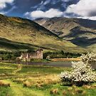 Kilchurn Castle, Loch Awe by SWEEPER