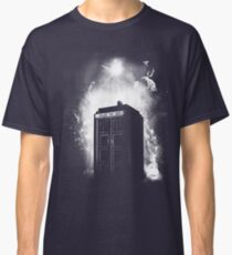 Through space and time Classic T-Shirt
