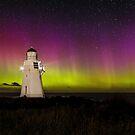 Waipapa Point Lighthouse & Aurora Australis by Kimball Chen