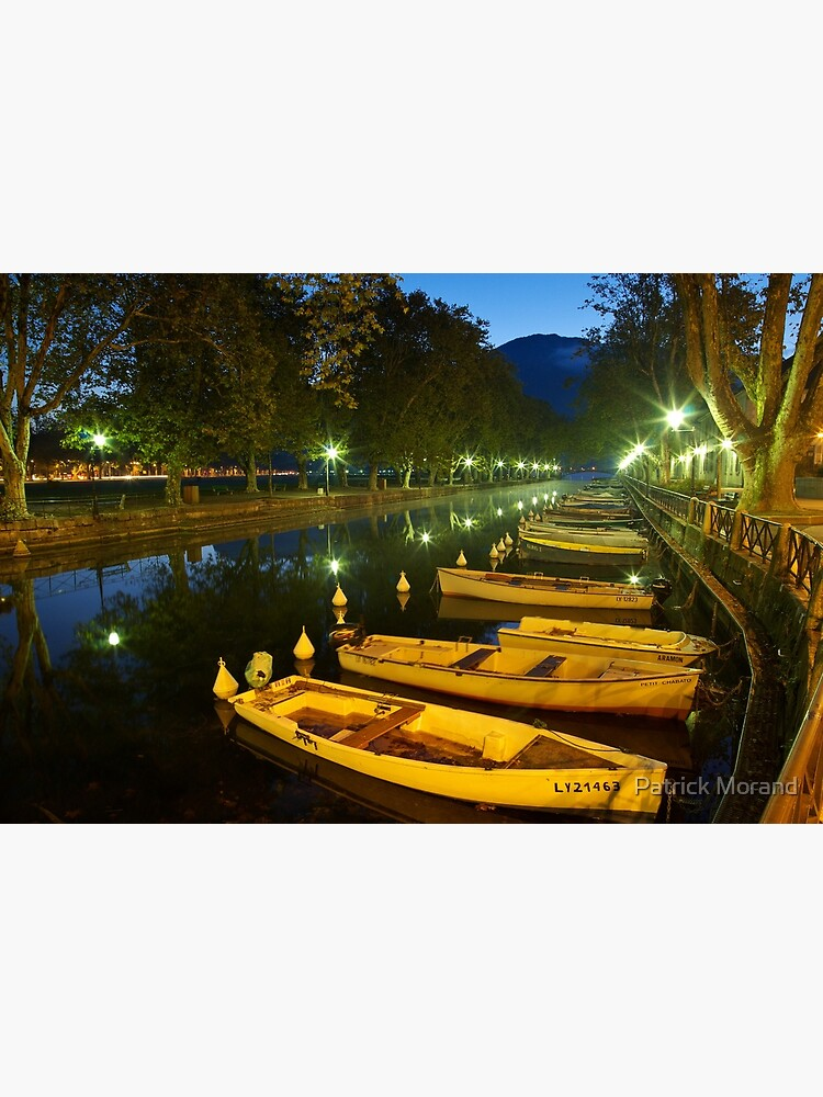 Annecy - dawn over the channel by patmo