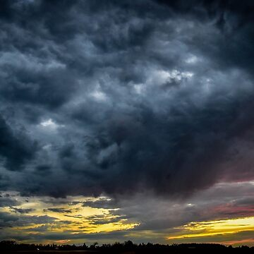 Storms comin by ChicksPhoto