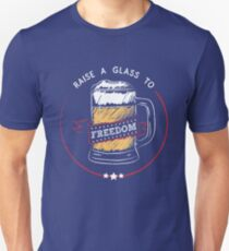 Raise A Glass to Freedom - 4th of July, Hamilton, USA Unisex T-Shirt