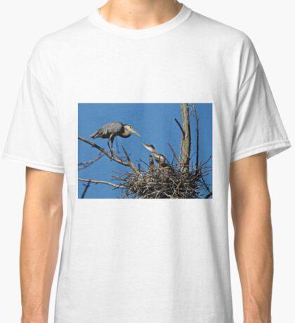 Great Blue Heron with Babies - Ottawa, Ontario Classic T-Shirt