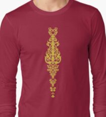 Queen Embroidery T-Shirt