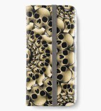 A whole heap of skulls  iPhone Wallet