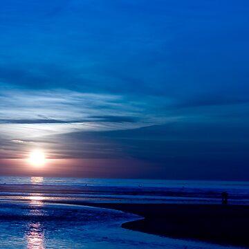 Blue Sunset by vddesign