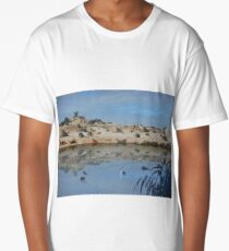 Lake Mungo - an unreal landscape Long T-Shirt