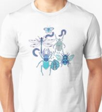 happy frozen blue bugs T-Shirt