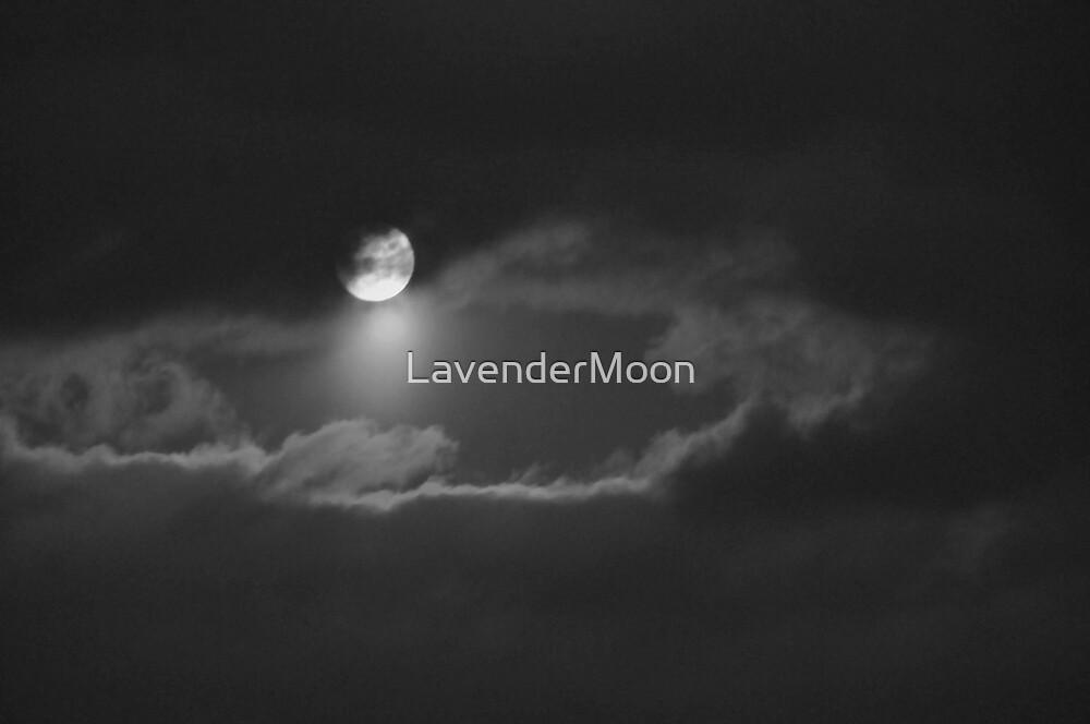Luna Noir by LavenderMoon