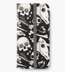 Vinilo o funda para iPhone Cráneos y Huesos negros - Wunderkammer