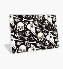 black Skulls and Bones - Wunderkammer Laptop Skin