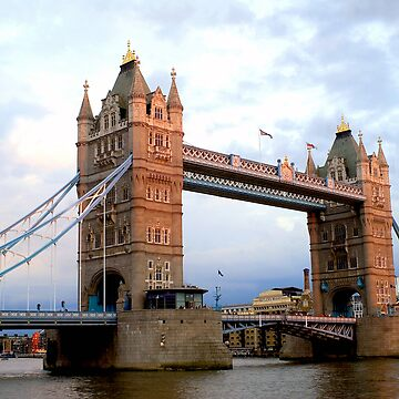 Tower Bridge by frankmedrano