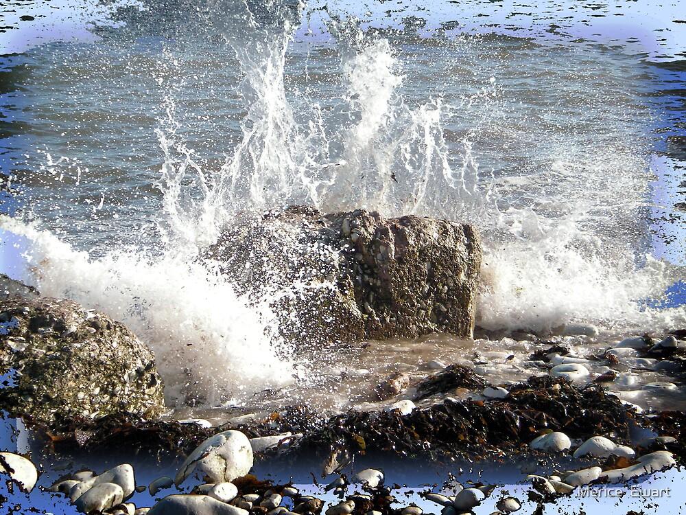 Crashing Wave by Merice  Ewart-Marshall LFA