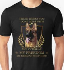 German Shepherd Don t mess Shepherd T-Shirt